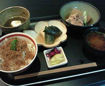 10月1日「六本木 京焼肉 hana」のおばんざいごはん