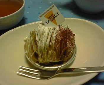 タダシヤナギのケーキ2点