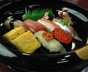 ランチは「ひょうたん寿司」