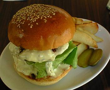 NEW OPEN「Reg-On Diner」の新しいハンバーガー
