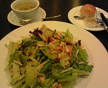 「ウエストパークカフェ」で野菜たっぷりランチ