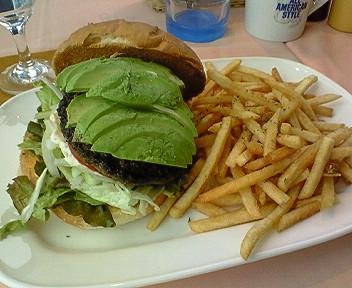 なぜか大人気「TOPDOG」のハンバーガー