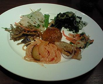 「柿安三尺三寸箸」で久しぶりの食べ放題