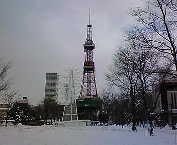 テレビ塔とテレビ父さん