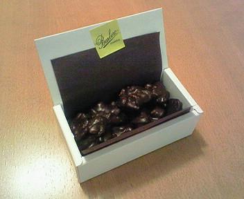 イタリアからやってきた「バルベーロ」のチョコ