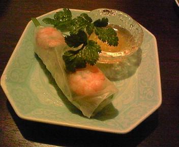 ベーシックなベトナム料理やさん「ロータス」