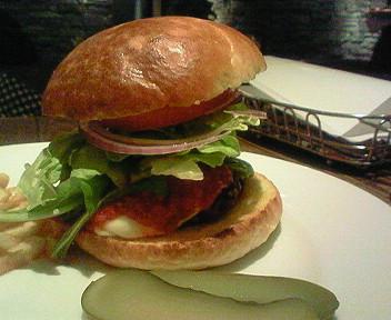 「GONO burger&grill」のマカロニウエスタンバーガー