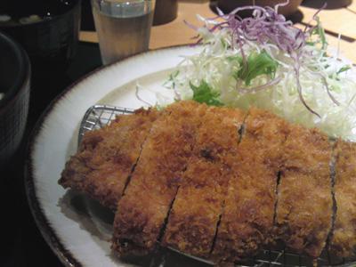 「豚菜健美 とこ豚」でとんかつランチ