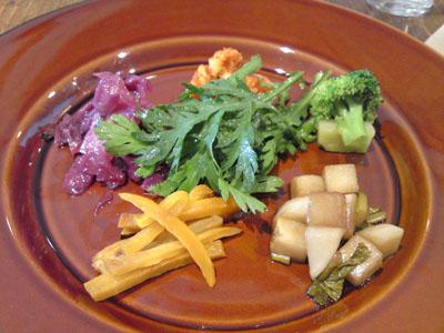 「カフェohanaya」で野菜いろいろランチ